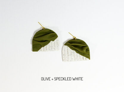 Forma Earrings - Olive and Speckled White