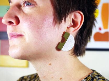 Minimus Earrings - In Ear