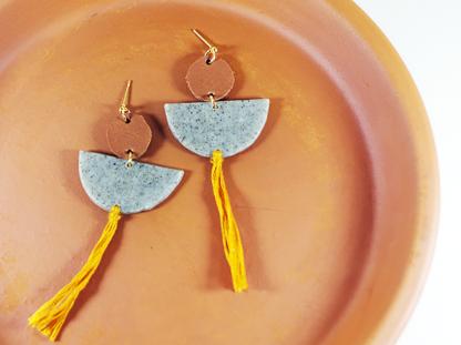 Elizabeth earrings in Granite