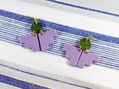 Pioneer earrings in Lavender